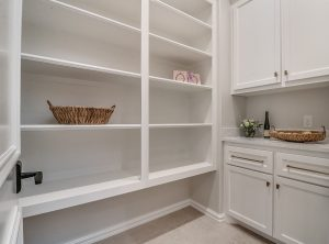 15605woodleaf-pantry