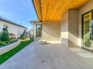 15605woodleaf-patio