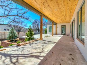 800turnberry-backpatio